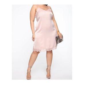 'Forever Glowing Midi Dress'-Blush